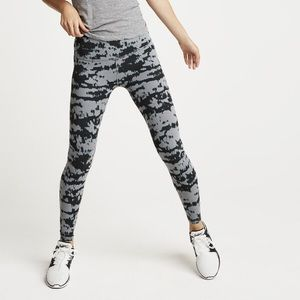 Beyond Yoga Leggings Plush Shibori Leggings